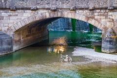 München Maximiliansbrücke mit-Fahrrad - Andy Ilmberger